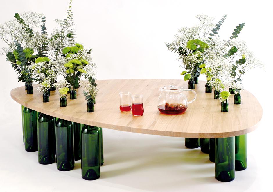 Декорировать пластиковый стол